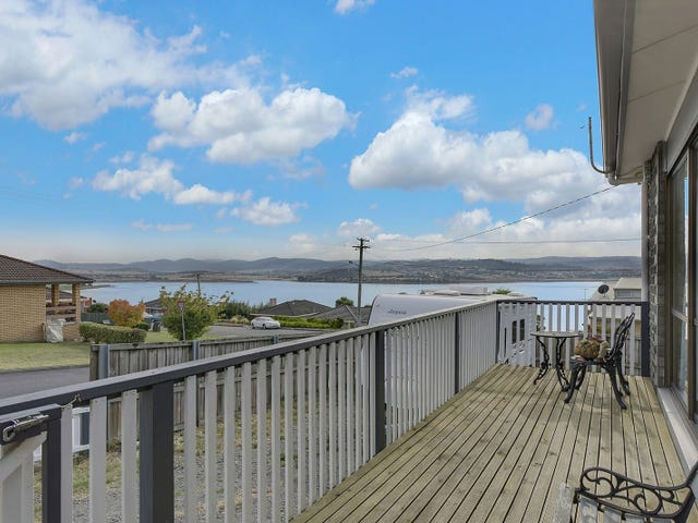 20 Esplanade, Midway Point, Tas 7171