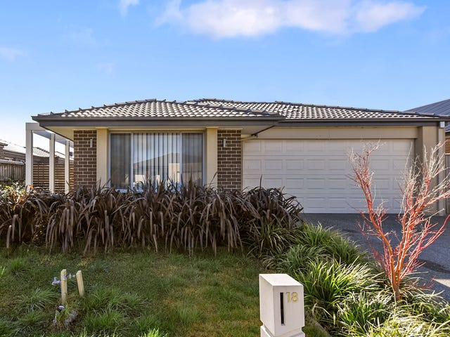 18 Bremer Street, Clyde North, Vic 3978