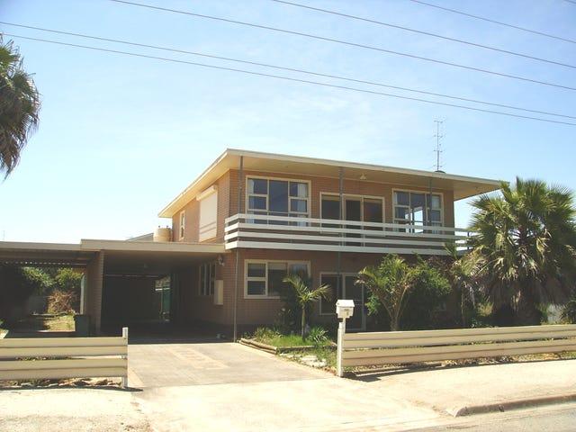 1 GOODE AVENUE, Tumby Bay, SA 5605