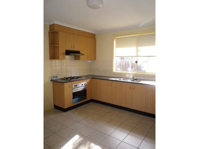 2/32 Bulla Road, Strathmore, Vic 3041