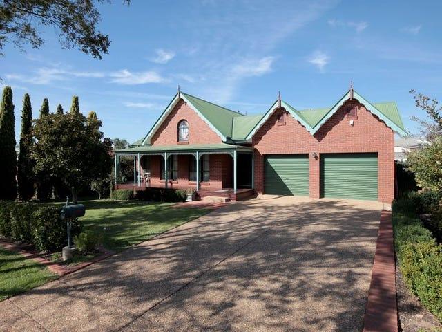 46 Simkin Crescent, Kooringal, NSW 2650