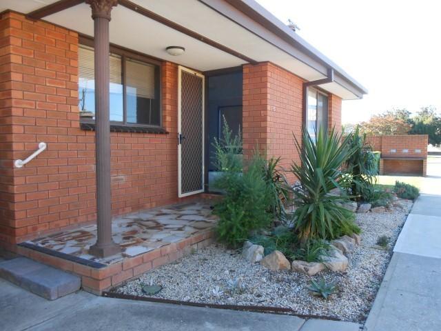 4/397 Bevan Street, Lavington, NSW 2641