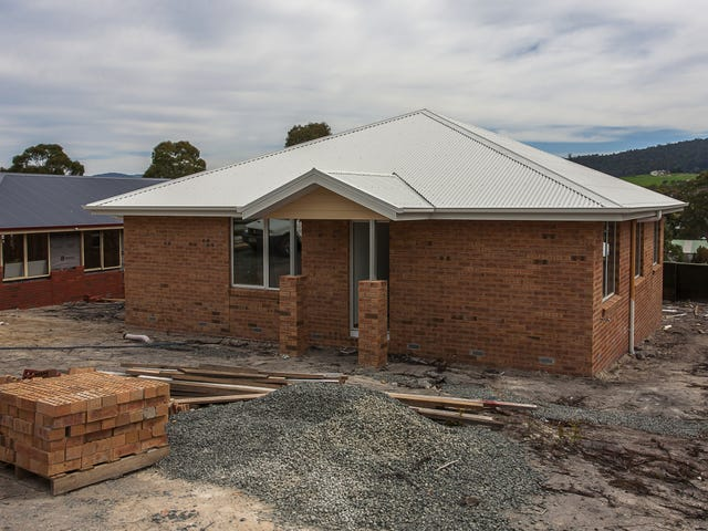 18 Booyaa St, Kingston, Tas 7050