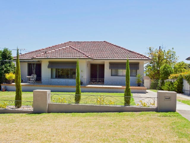 525 Saunders Avenue, East Albury, NSW 2640