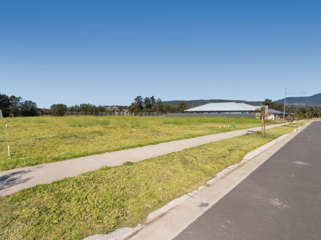 14 Markham Drive, Calderwood, NSW 2527