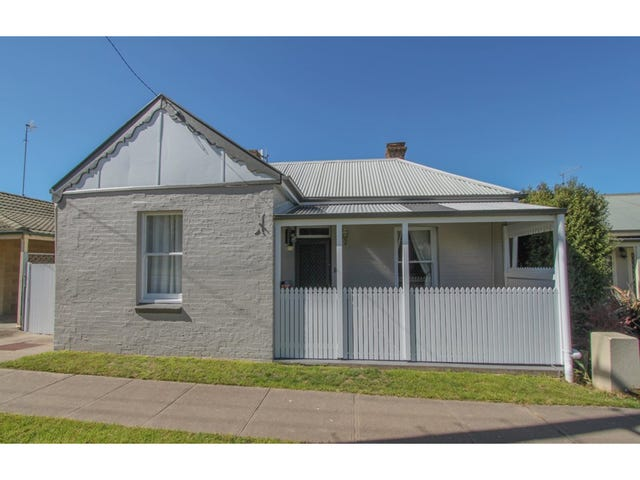 13 Rocket Street, Bathurst, NSW 2795