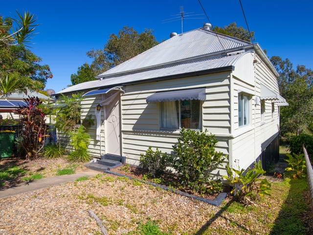 8 Campbell Street, Woodend, Qld 4305