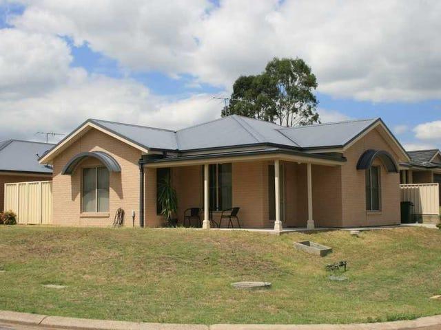1/41 Strutt Crescent, Metford, NSW 2323