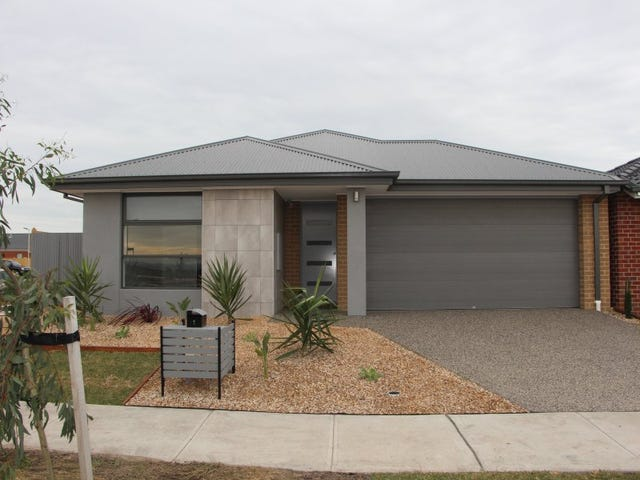 1 Nagle Crescent, Cranbourne West, Vic 3977