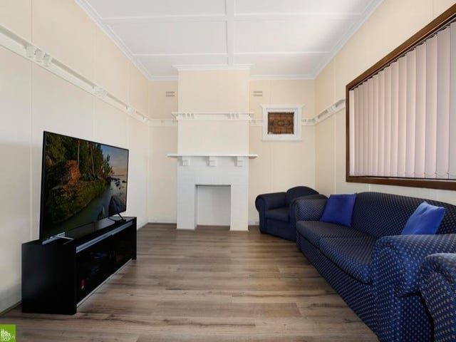 52 Princes Hwy, West Wollongong, NSW 2500