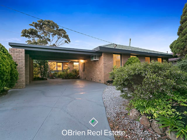 15 Selsey Street, Seaford, Vic 3198