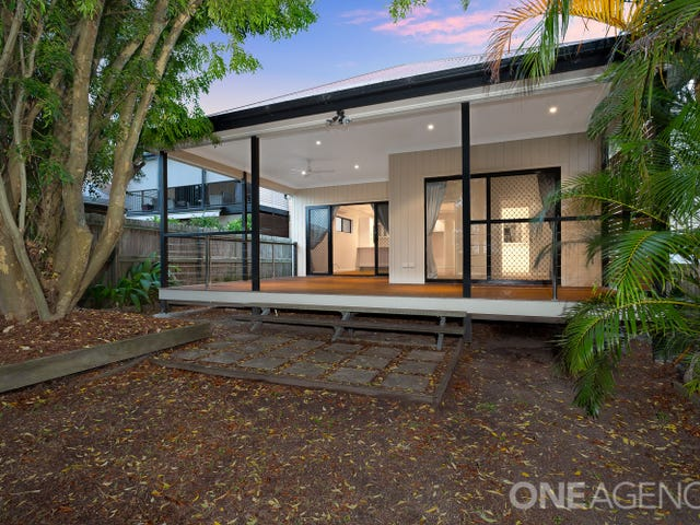 62 Eversleigh Road, Scarborough, Qld 4020