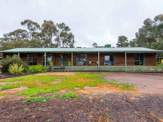 37 Hermitage Road, Maiden Gully, Vic 3551
