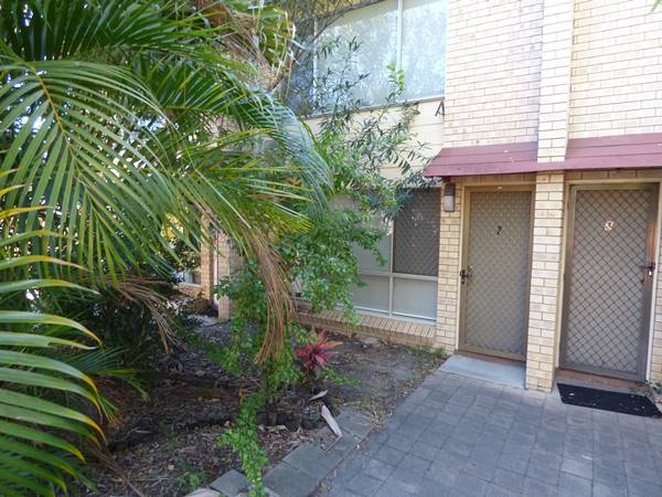 2/222 Auckland Street, Gladstone Central, Qld 4680