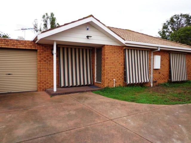 2/5 Freesia Court, Whittington, Vic 3219