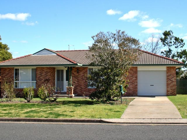 30 Claret Ave, Muswellbrook, NSW 2333