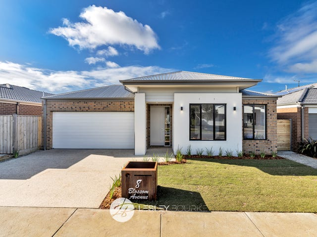 8 Blossom Ave, Mount Duneed, Vic 3217