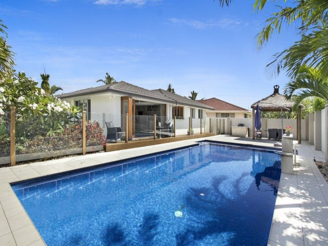 37 Arcadia Drive, Mermaid Waters, Qld 4218