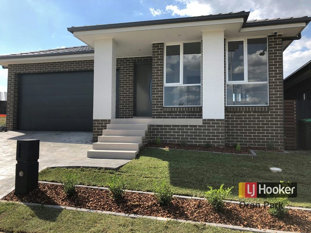38 Hinton Loop, Oran Park, NSW 2570