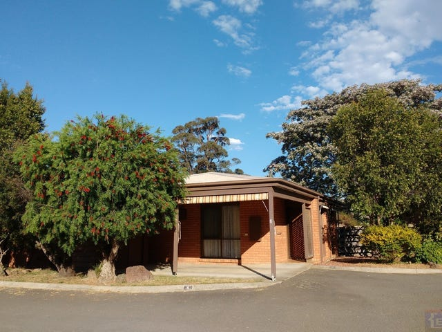 8/9 Crusoe Rd, Kangaroo Flat, Vic 3555