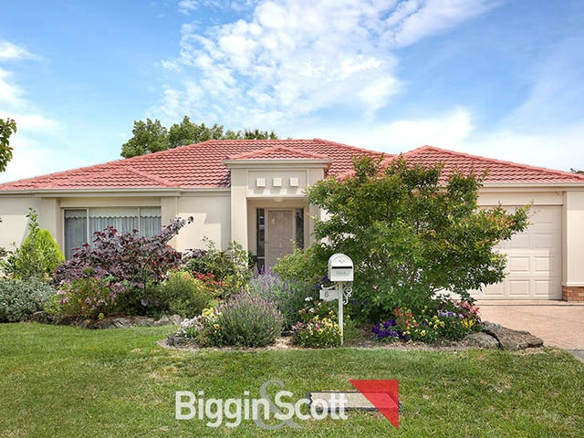 6 Castle Court, Beaconsfield, Vic 3807
