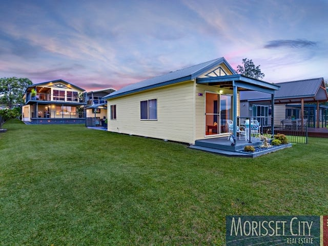 125 Grand Parade, Bonnells Bay, NSW 2264