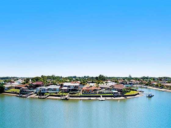 11009/5 Harbour Side Court, Biggera Waters, Qld 4216