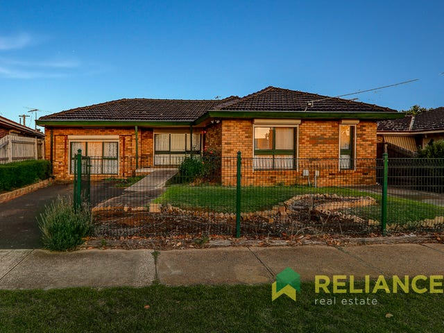 74 Station Road, Melton South, Vic 3338