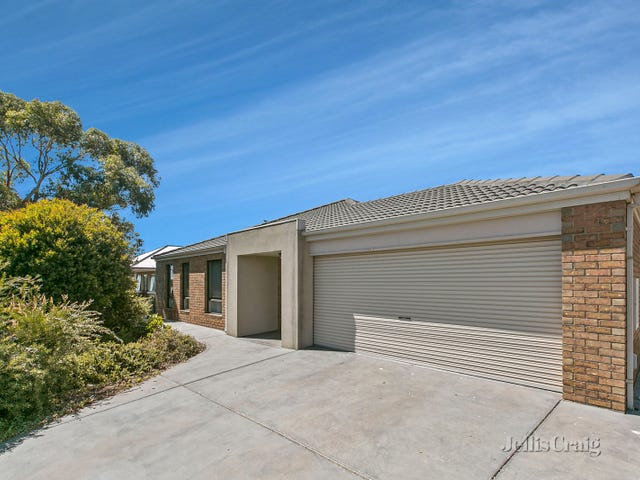 13 Sullivan Court, Romsey, Vic 3434