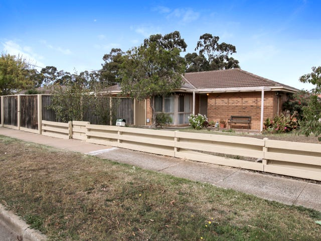 34 Coburns Road, Melton South, Vic 3338