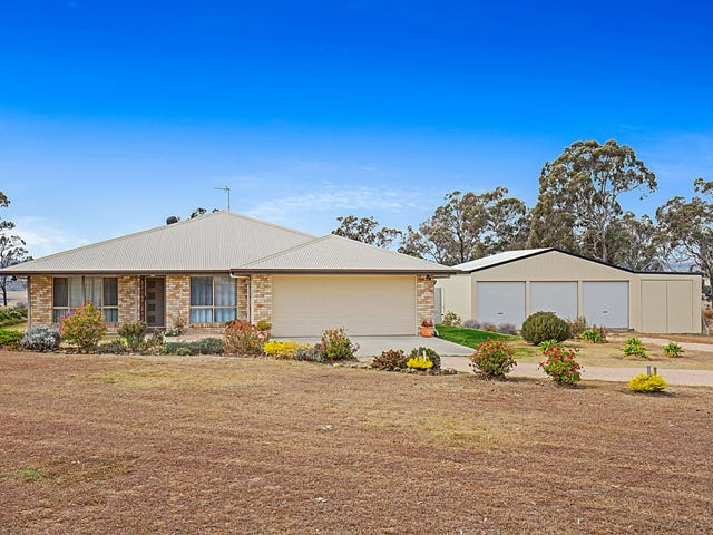 20 Peters Road, Meringandan West, Qld 4352