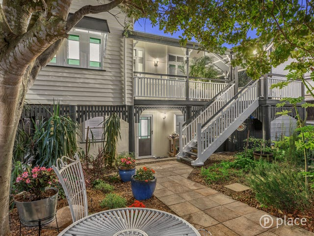 23 Lockerbie Street, Kangaroo Point, Qld 4169