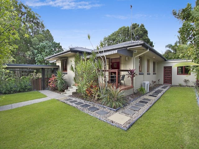 38 Lind Avenue, Southport, Qld 4215