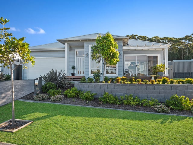 8 Eyre Crescent, Burrill Lake, NSW 2539