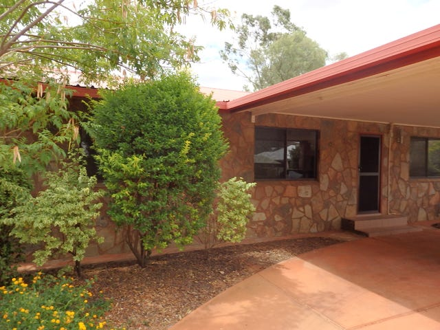 7 the Fairway, Desert Springs, NT 0870