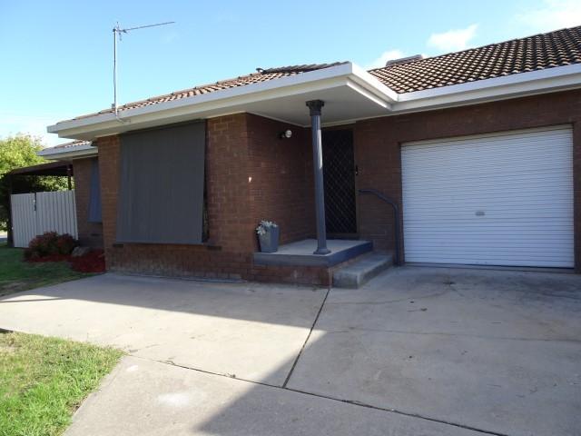 1/454 Jason Court, Lavington, NSW 2641
