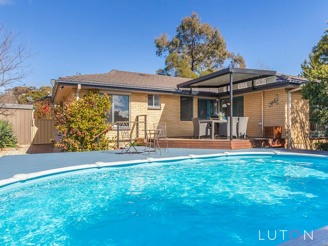 19 Shenton Crescent, Stirling, ACT 2611