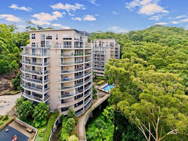 111/80-82 John Whiteway Drive, Gosford, NSW 2250