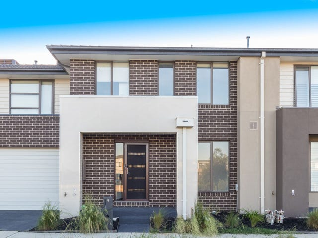 9 Birchmore Place, Clyde North, Vic 3978