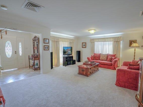 4 Darjamur Close, Tingira Heights, NSW 2290