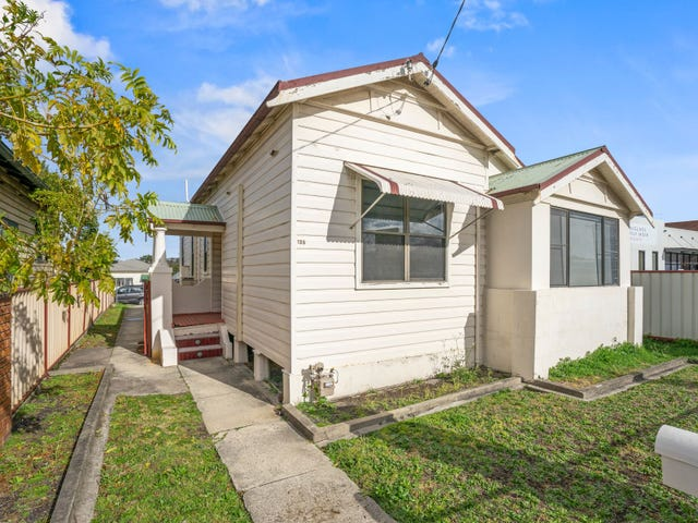 135 Brunker Road, Adamstown, NSW 2289