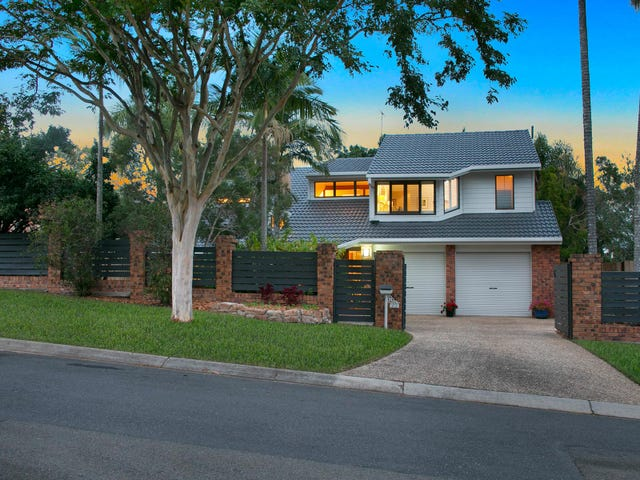 22 Farnworth Street, Chapel Hill, Qld 4069