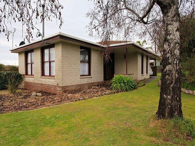 13 Frond Place, Devonport, Tas 7310