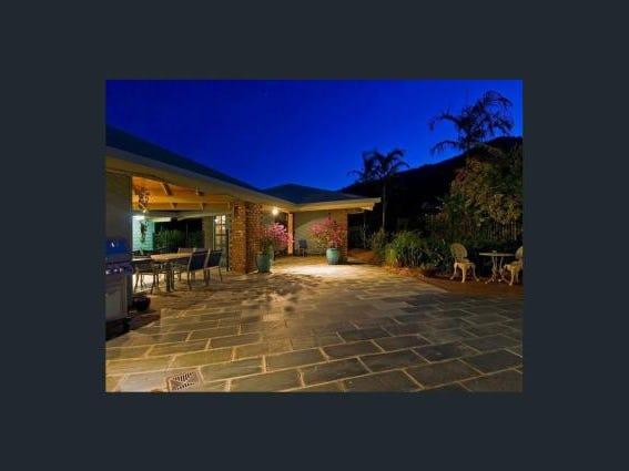 69 Koppen Terrace, Mooroobool, Qld 4870
