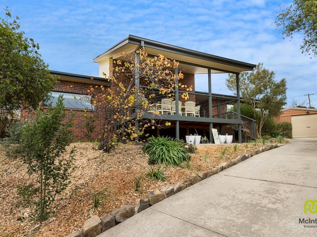 11 Macknight Place, Macarthur, ACT 2904