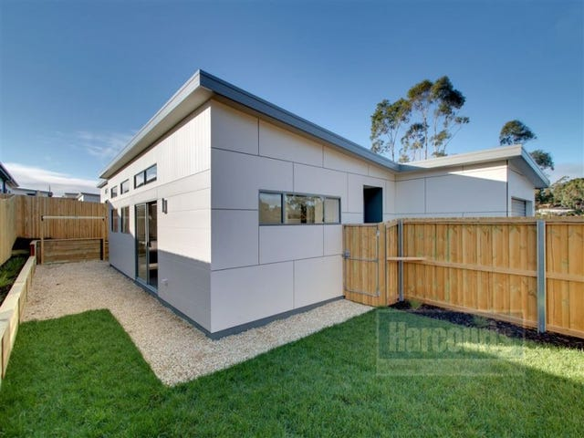 1/134 Burwood Drive, Blackmans Bay, Tas 7052