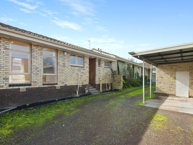 2/606 Lydiard Street North, Soldiers Hill, Vic 3350