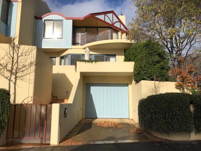 60 Eastern Beach Road, Geelong, Vic 3220