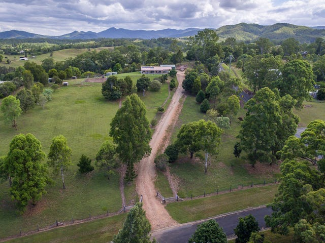 2 Don Lee Close, Armstrong Creek, Qld 4520