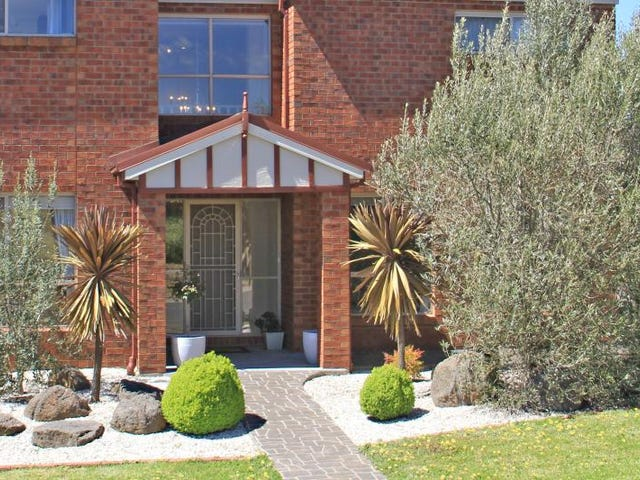 27 Caroline Chisholm Drive, Kyneton, Vic 3444